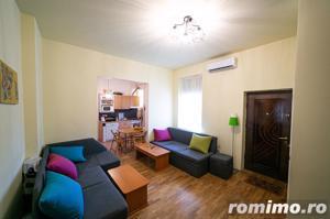 Apartament cu 4 camere în zonă centrală. - imagine 2