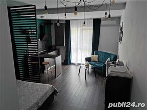 Inchiriez apartamente in regim hotelier chiar in centrul orasului de la 110ron.  - imagine 1
