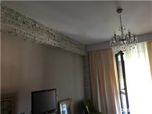 Proprietar vând apartament 3 camere - imagine 2