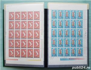 Clasor german marca Leuchtturm A4 cartonat cu timbre din România - imagine 2