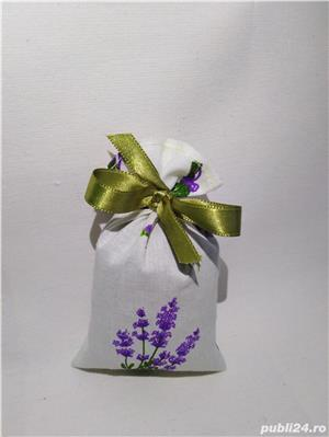 Saculeti (mărturii) cu floare de lavanda - imagine 1