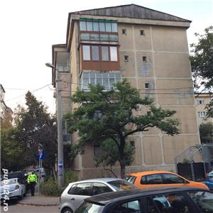 Vanzare apartament cu 3 camere Pb mare Rogerius - imagine 7