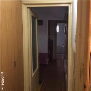 Vanzare apartament cu 3 camere Pb mare Rogerius - imagine 3
