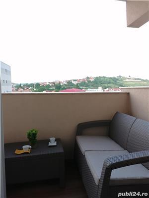 Dau în chirie în regim hotelier apartament în centru 3 camere aflat lângă Aquapark Nymphaea  - imagine 9