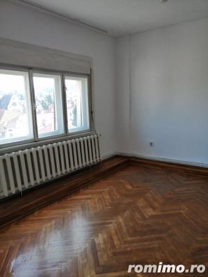 Apartament 4 camere de inchiriat in Cipariu - imagine 3