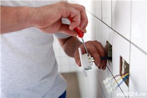 Caut Loc De Munca Ca Electrician În Afară , Sau În Țară - imagine 1