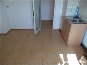 Apartament 3 camere, zona Dorobanti, nemobilat - imagine 2
