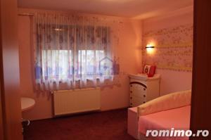 Casa spatioasa, primitoare si confortabila, Dumbravita - imagine 17