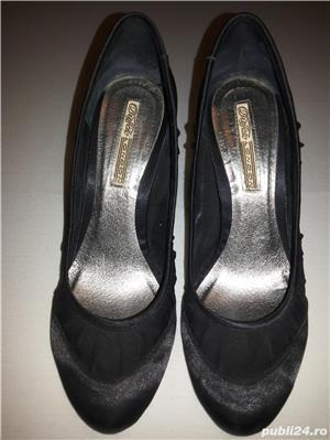 Vand pantofi negri satin+plasa delicata marimea 39 - imagine 2