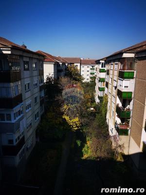 Apartament de vanzare 3 camere Decebal - imagine 9