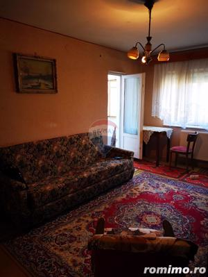 Apartament de vanzare 3 camere Decebal - imagine 2