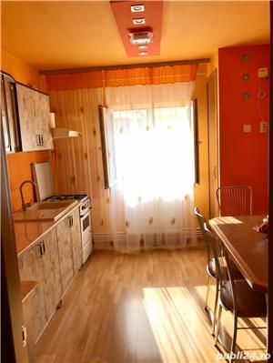 Proprietar vand apartament 3 camere zona soarelui lângă parcul pădurice - imagine 3