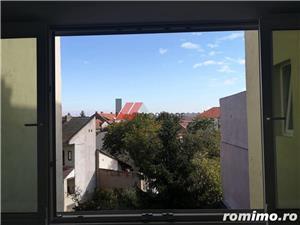 Balcescu, central, zona retrasa, 4 camere, confort lux, renovat  - imagine 19