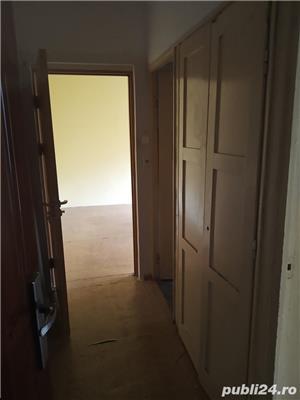 Vand Apartament cu 2 camere, etajul 2, Rogerius - imagine 1