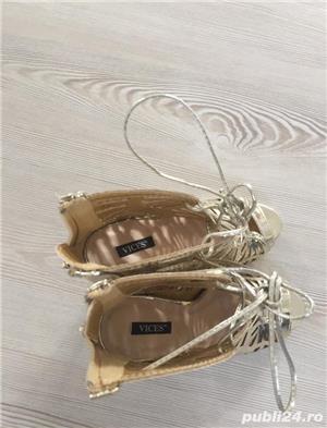 Pantofi aurii de scena, nr. 35 - imagine 4