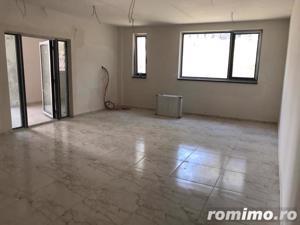 COMISION 0 | 3 camere | 2 băi | terasă | panoramă - imagine 4