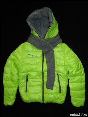 Geaca scurta dama matlasata fas impermeabil verde neon gluga fular gri detasabil fermoar iarna - imagine 1