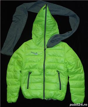 Geaca scurta dama matlasata fas impermeabil verde neon gluga fular gri detasabil fermoar iarna - imagine 3