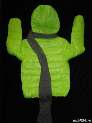 Geaca scurta dama matlasata fas impermeabil verde neon gluga fular gri detasabil fermoar iarna - imagine 4