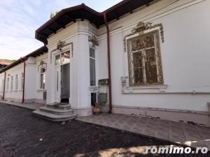 Cotroceni vila singur curte 8 camere 2 corpuri cladire nemobilat - imagine 2