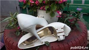 Vind pantofi mireasa marimea 40 - imagine 1