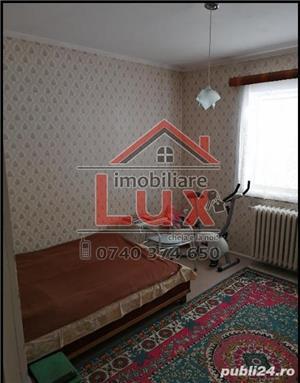 ID intern 3198: Apartament 3 camere * ULTRACENTRAL - imagine 1