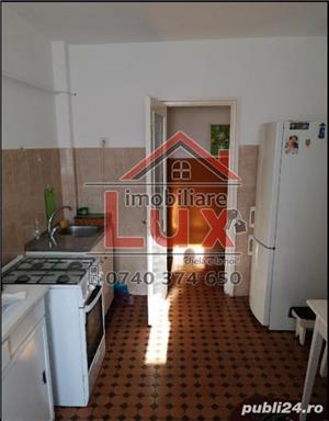 ID intern 3198: Apartament 3 camere * ULTRACENTRAL - imagine 5