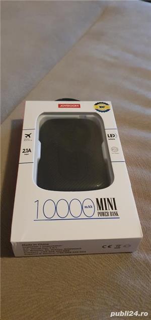 Vând baterie externa 10.000 mAh - imagine 2