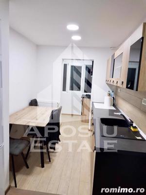 Apartament cu 3 camere,decomandat in zona Lipovei - imagine 1