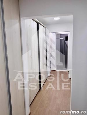 Apartament cu 3 camere,decomandat in zona Lipovei - imagine 3