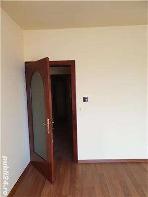 Vila si spatiu comercial  - imagine 5