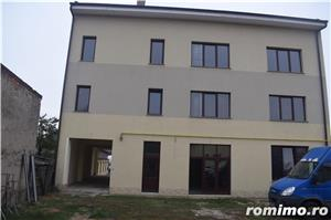 Vând clădire rezidențial-birouri P+2E+M la cheie   650euro/mp construit - imagine 2