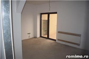 Vând clădire rezidențial-birouri P+2E+M la cheie   650euro/mp construit - imagine 10