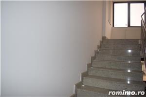 Vând clădire rezidențial-birouri P+2E+M la cheie   650euro/mp construit - imagine 4