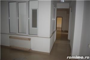 Vând clădire rezidențial-birouri P+2E+M la cheie   650euro/mp construit - imagine 7