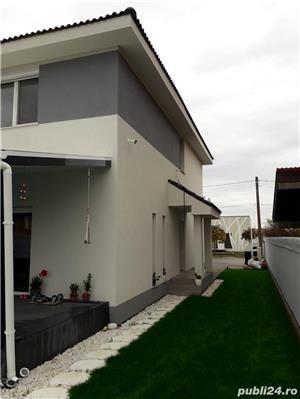 Casa cu 3 camere, curte, 2 locuri parcare, Dumbravita - 99.000 euro - imagine 5