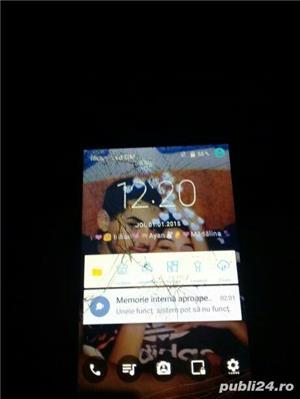 Telefon pentru piese  - imagine 2