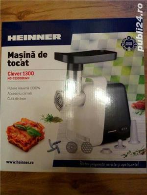 Masina de tocat carne Heinner 1300 W, accesoriu carnati, cutit inox, 2 site - imagine 9