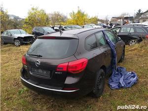 Opel Asta J - imagine 3