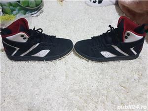 Air Jordan - imagine 6