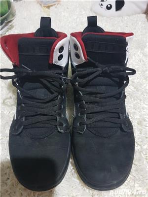 Air Jordan - imagine 1