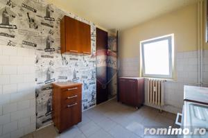 Apartament 3 camere zona Confectii - imagine 2