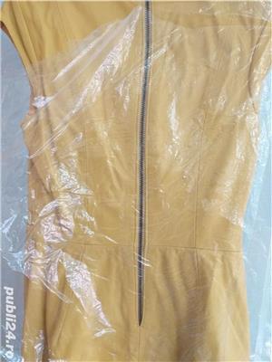 Vând rochie galbenă designer piele naturală - imagine 3