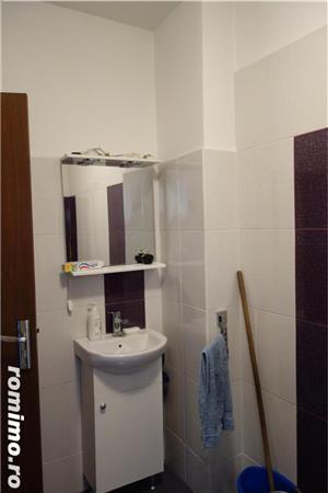 Unirii Imobil 6 Apartamente 2 Spatii Comerciale - imagine 5