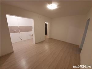 VAND/SCHIMB Apartament 3 camere, central, renovat in totalitate!! - imagine 2