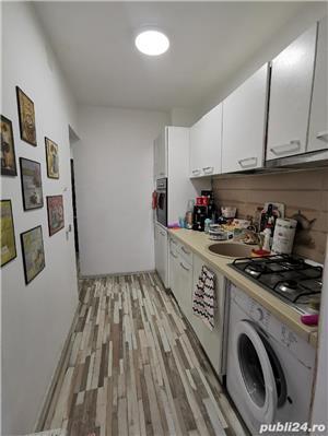 La 4 minute de Punctele Cardinale, apartament cu personalitate  - imagine 9