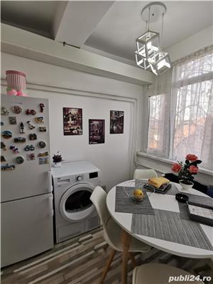 La 4 minute de Punctele Cardinale, apartament cu personalitate  - imagine 15