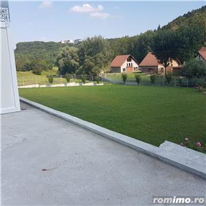 Teren 6900mp + Vila 400mp, mobilata si utilata, zona buna, Suceava - imagine 2