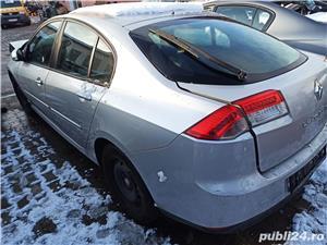 Dezmembrez / dezmembrari piese auto Renault Laguna III hb 3 1.5DCI K9K780 6+1T manuala an 2007   - imagine 4