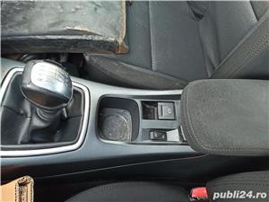 Dezmembrez / dezmembrari piese auto Renault Laguna III hb 3 1.5DCI K9K780 6+1T manuala an 2007   - imagine 9